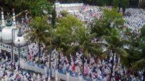 শাহী ঈদগাহে লাখো মুসল্লির ঈদের নামাজ আদায়