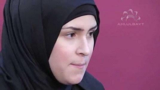 ইহুদী ফরাসী নারী লায়লার ইসলাম গ্রহণের মর্মস্পশী কাহিনী