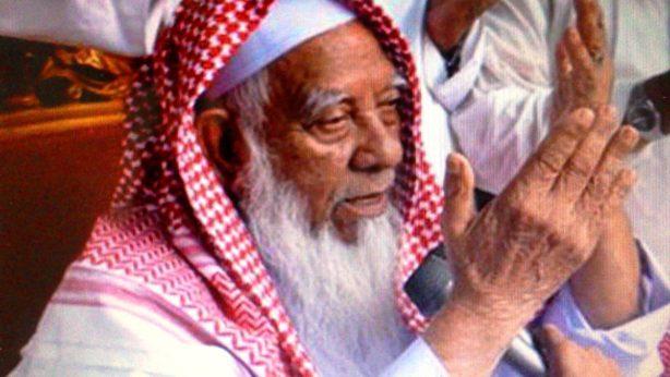 আল্লাহ খালেদা জিয়ার সম্মান রাখবেন: আল্লামা শফী