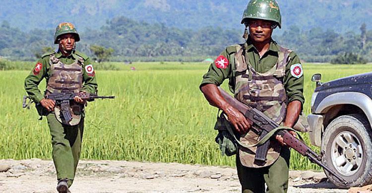 সীমান্তে অতিরিক্ত সেনা : মিয়ানমারের রাষ্ট্রদূতকে তলব