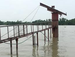 সুনামগঞ্জে সুরমা নদীর পানি বিপদ সীমার ওপরে