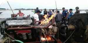 ভোলাগঞ্জ-জাফলংয়ে টাস্কফোর্স অভিযান : ৭টি বোমা মেশিন ধ্বংস
