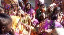 ভারতে ভেজাল মদপানে নিহতের সংখ্যা বেড়ে ৭০
