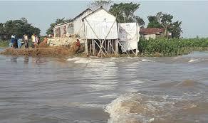 সুনামগঞ্জের ৩ উপজেলায় বাঁধ ভেঙ্গে হাওরে পানি