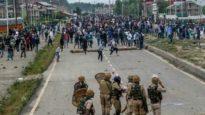 রাজপথে কাশ্মীরিরা : ভারতীয় বাহিনীর গুলিতে নিহত ১, ফের নিষেধাজ্ঞা জারি