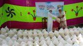 সিলেটে হাজারো গরিবকে ত্রাণ দিচ্ছে বাসমাহ ফাউ- দাওয়াতে দ্বীন