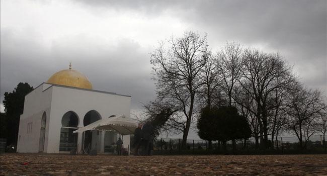 এক বছরে ৩০ মসজিদ বন্ধ করেছে ফ্রান্স